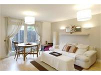 1 bedroom apartment Hunt Close, Holland Park