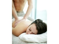 FIRM HANDS GENTLE TOUCH - MASSAGE TUITION FOR WOMEN