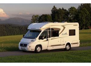Motorhome valeting. Caravans Valeting. Motorhome cleaning. Caravan cleaning. Excellent cleaning results. Cleaning service.Caravan Valet.