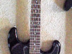 EPIPHONE Strat. Bold Black finish. v,vgc