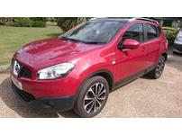 Nissan Qashqai, 2011 (61) Red Hatchback, Automatic Diesel, 36,261 miles