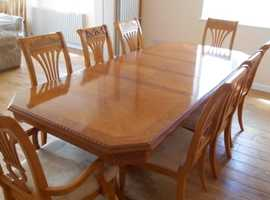 Strange Stunning Dining Table With 6 Chairs 2 Carvers Machost Co Dining Chair Design Ideas Machostcouk