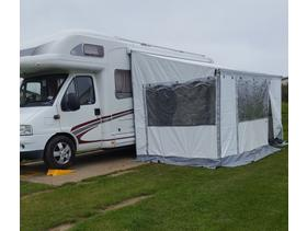cbb57f03b2 Motorhomes and Campervans For Sale in Popham