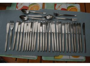 Viners 'Profile', 'Barnum'  & 'Penthouse Suite' Cutlery, Most with Viners Mark, Excellent Condition.