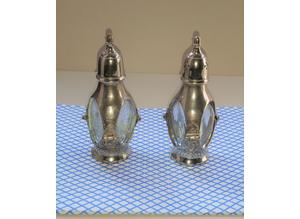 Victorian  vintage silver plated Cruet Set : Salt and Pepper Shakers
