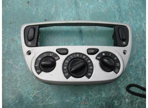 A/c control set on the dashboard for Ferrari 360