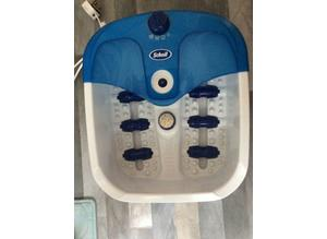 SCHOLL Deluxe Water Whirl With Pedicure Centre And Palm Grip Massager.