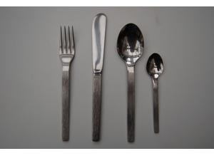 Viners 'Sable' Stainless Cutlery, 44 Pieces in Lovely Condition,  £2.50 per Item or £100 for the lot