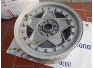 Front wheel rim for Ferrari 288 Gto