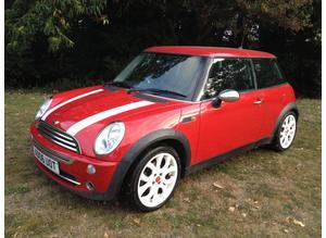 MINI ONE 2006 MOT 11 MONTHS ALLOY WHEELS AIR CON CD PLAYER CHEAP CAR NICE LITTLE CAR