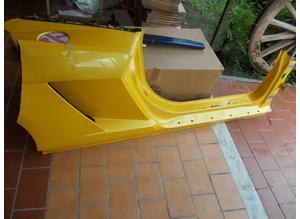 Right side cover assembly for Lamborghini Gallardo