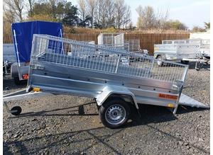BRAND NEW 7.7 x 4.2 SINGLE AXLE TRAILER WITH 40CM MESH AND A RAMP