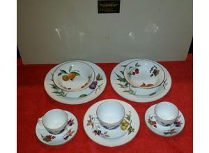 Royal Worcester Evesham & Evesham vale porcelain job lot