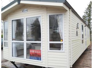 Site fees included until 04/2022 and a years insurance //ON 12 MONTH PARK Bright, light and spacious, this Atlas Chorus 36 x 12 at Saltmarshe Castle P
