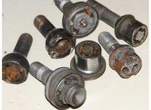 Locking wheel nut removals