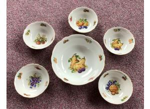 Lovely UNUSED vintage, porcelain bowl and 5 dessert dishes