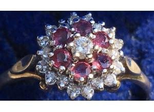 Ladies Jewellery 9ct Gold Ruby & Diamond Cluster Ring Fully Hallmarked 375 DIA 0.30ct.