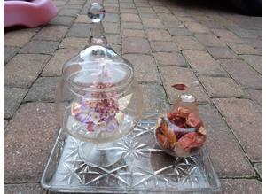 Glass Flower & Pot Pouri Display Vessels