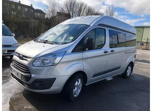 FORD CUSTOM 2.2 125PS LWB LUX-XL SILVER WITH 33,000 MILES & REAR LOO COMPARTMENT