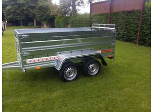 BRAND NEW Trailer 8,7 x 4,2 double axle double broadside with ramp