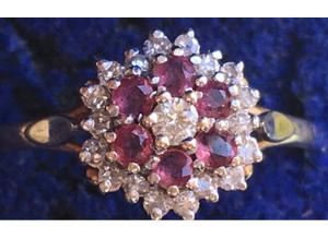 Ladies Jewellery 9ct Gold Ruby & Diamond Cluster Ring Fully Hallmarked 375 0.60ct.
